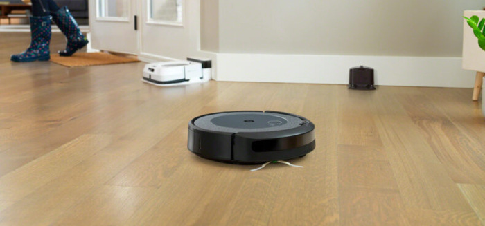 iRobot Roomba i3 Neutral, šedá