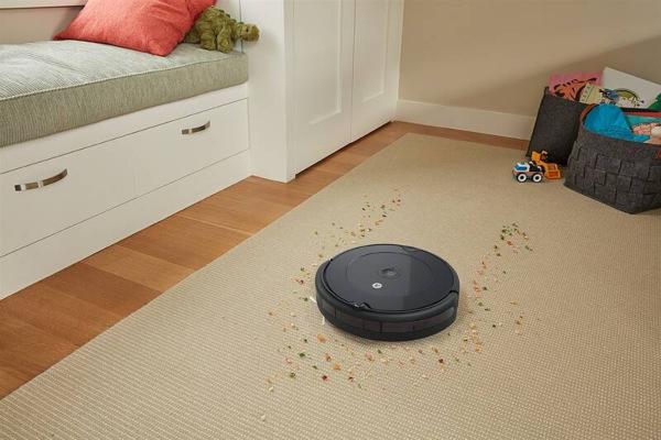 iRobot Roomba 692, černá